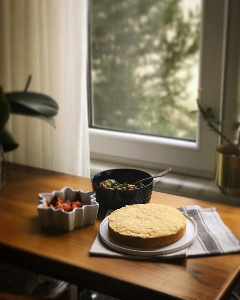 Mısır Ekmeği ve Zeytin Salatası 4