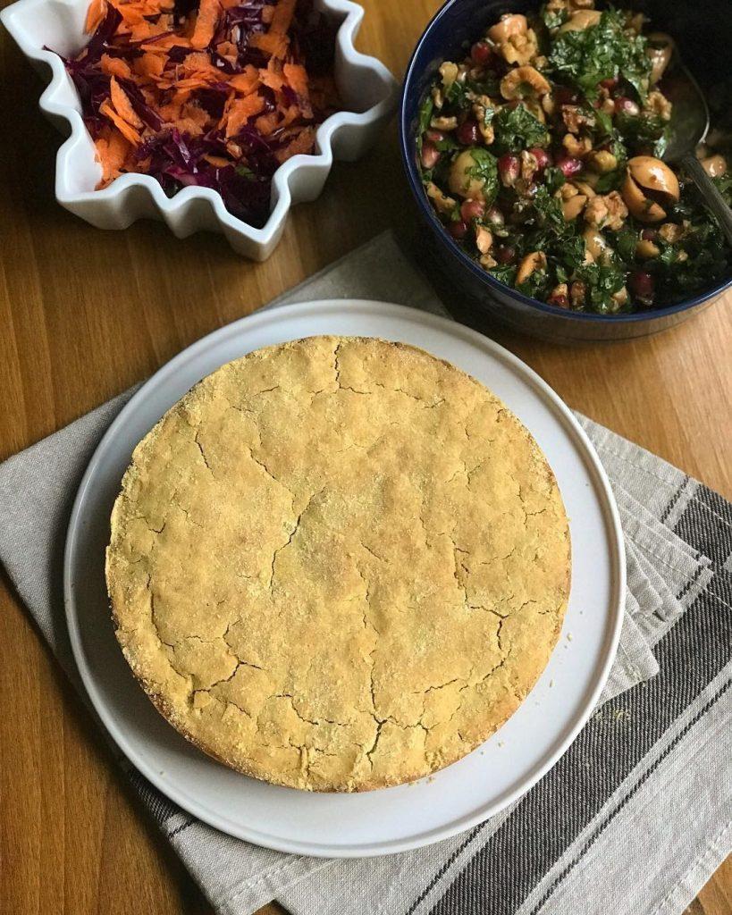 Mısır Ekmeği ve Zeytin Salatası 2