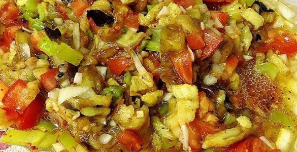 koz-kokusuyla-patlican-salatasi