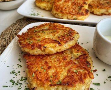 Kaşar Dolgulu Patates Mücver Tarifi (yumurtasız)