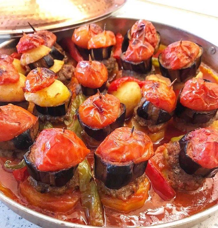Patlıcanlı Köfteli Kürdan Kebabı