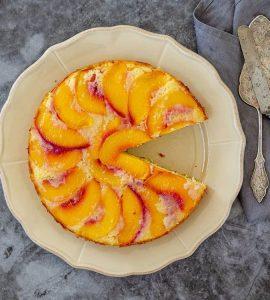 Şeftalili alt üst kek