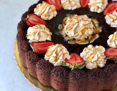 Ganajlı kakaolu kek