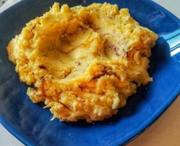 Karamelize Soğanlı Patates Püresi