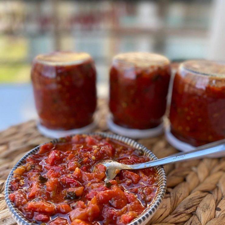 köz biberli domates sosu