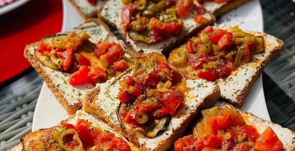 Kahvaltılık ekmek üstü kızartma