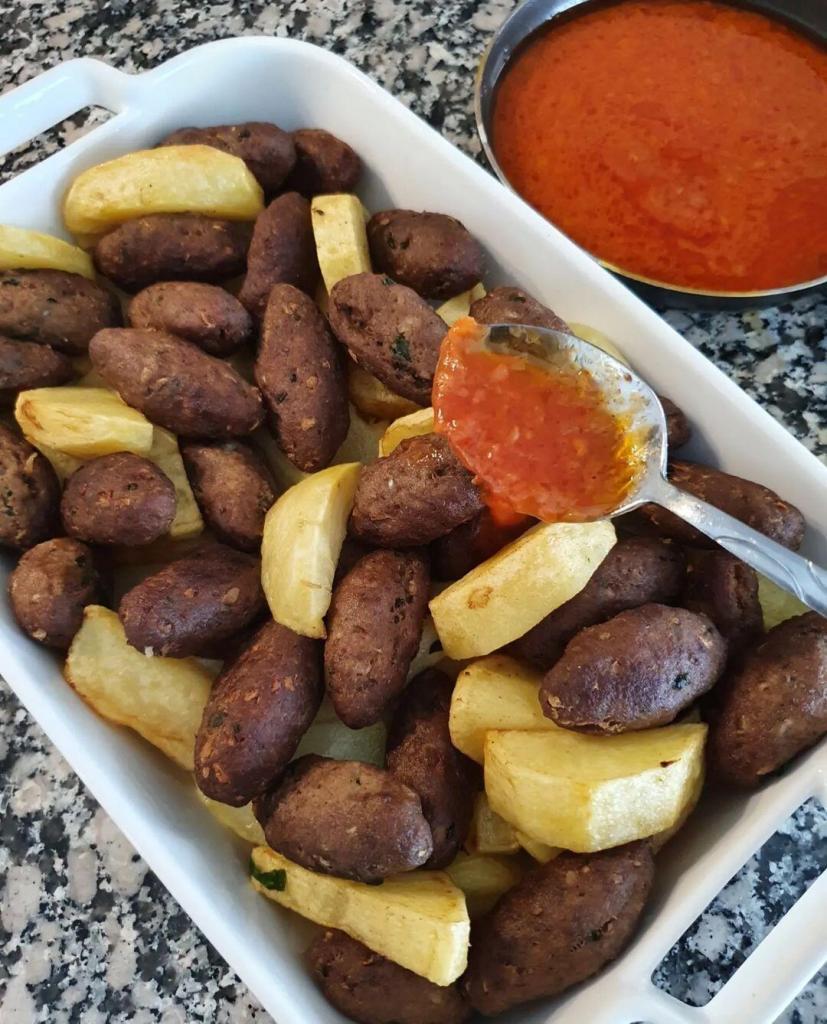 Nefis İzmir Köfte